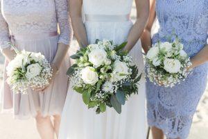 Brautstrauß und Brautjungfernsträuße