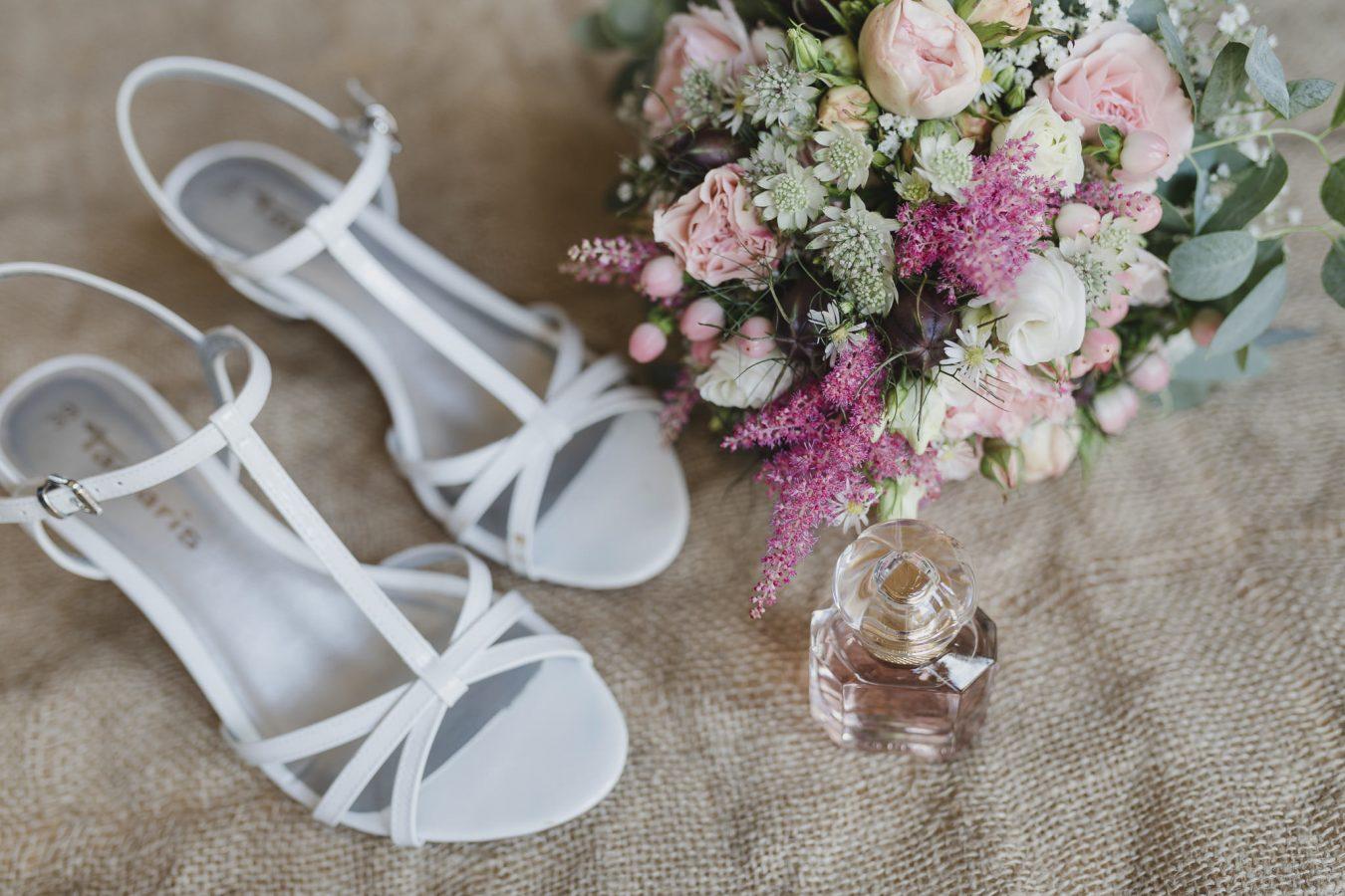 Getting Ready: Schuhe und Accessoires der Braut